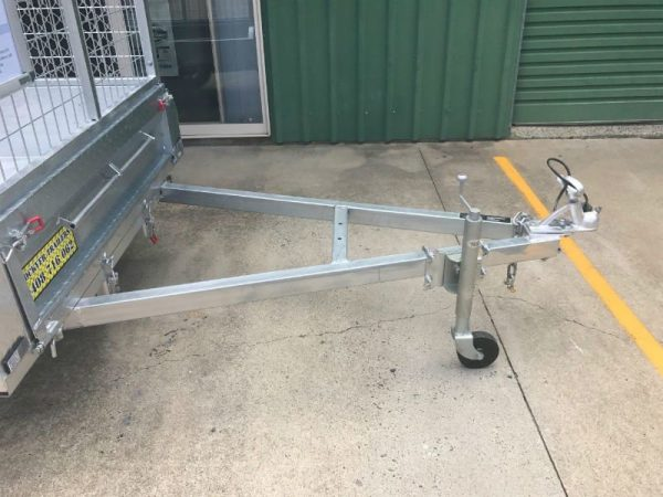6 x 4 ft Box Trailer - drawbar