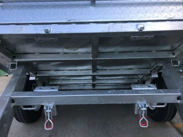 7 x 4 ft Box Trailer - underneath tilt