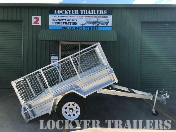 7 x 5 ft Box Trailer - tilt