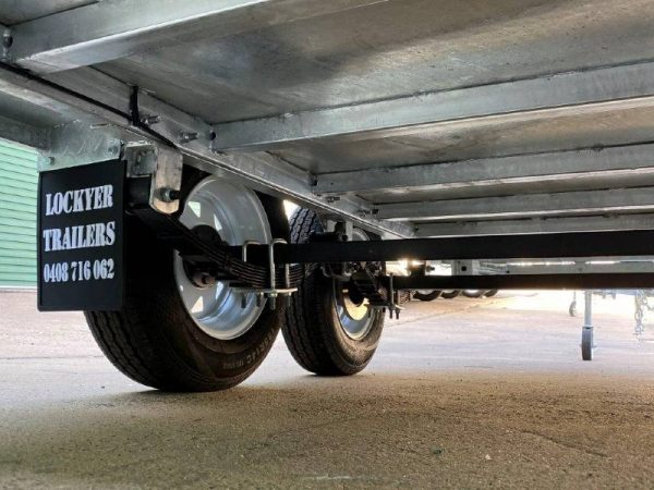 10 x 6 ft Tandem Box Trailer