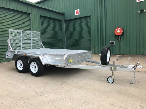 10 x 6 ft Tandem Box Trailer - ramp up