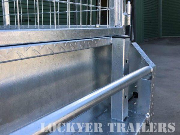 8 x 5 ft Heavy Duty Box Trailer - back rail