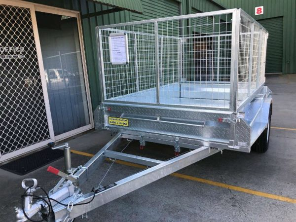8 x 5 ft Heavy Duty Box Trailer - front view